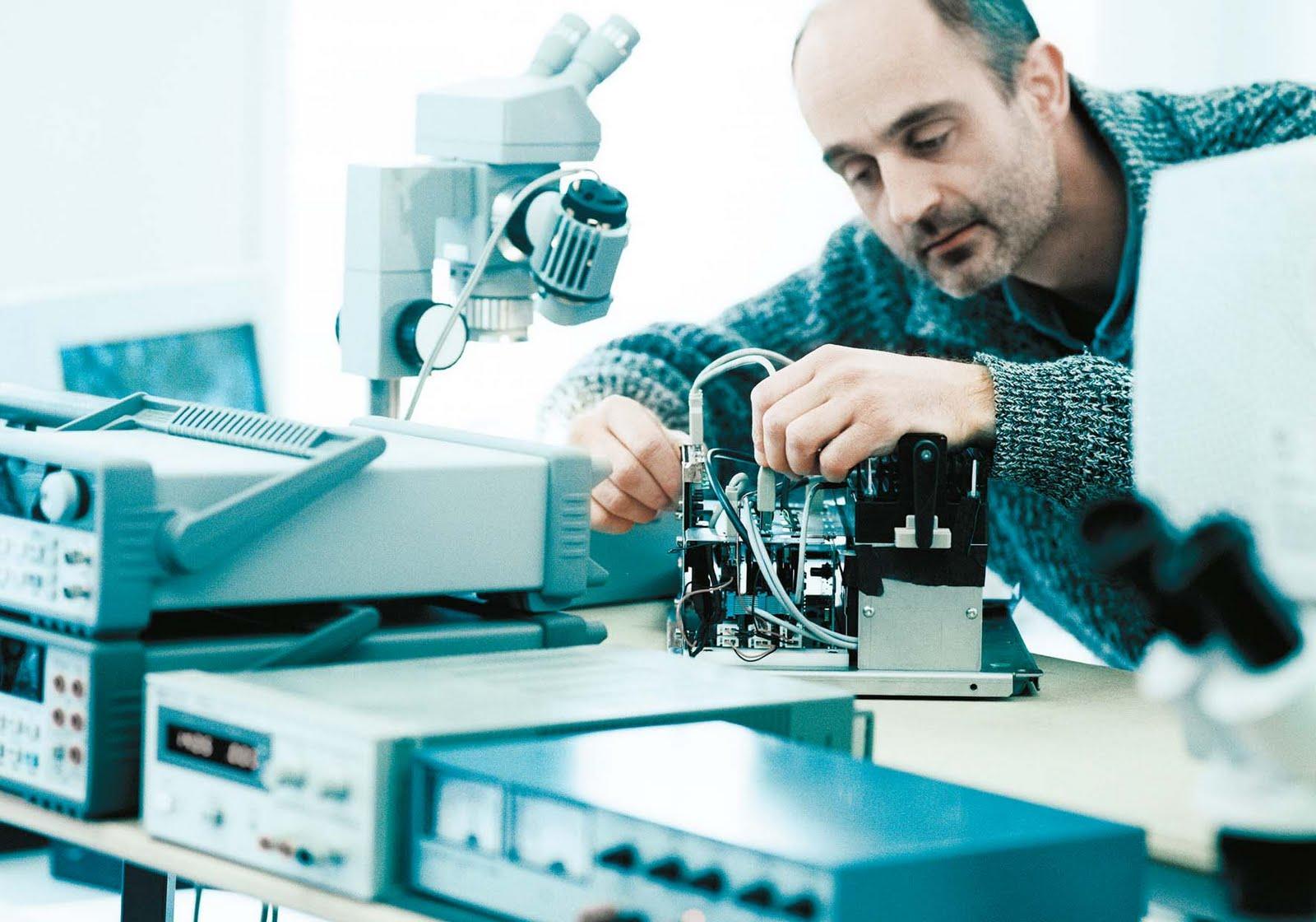 Electronic-Engineer