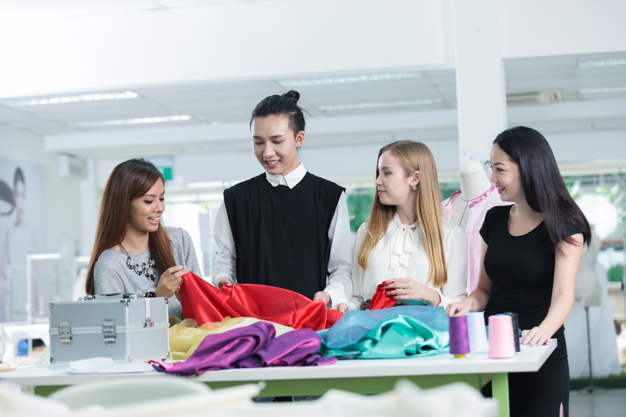 Best online schools for fashion merchandising 21