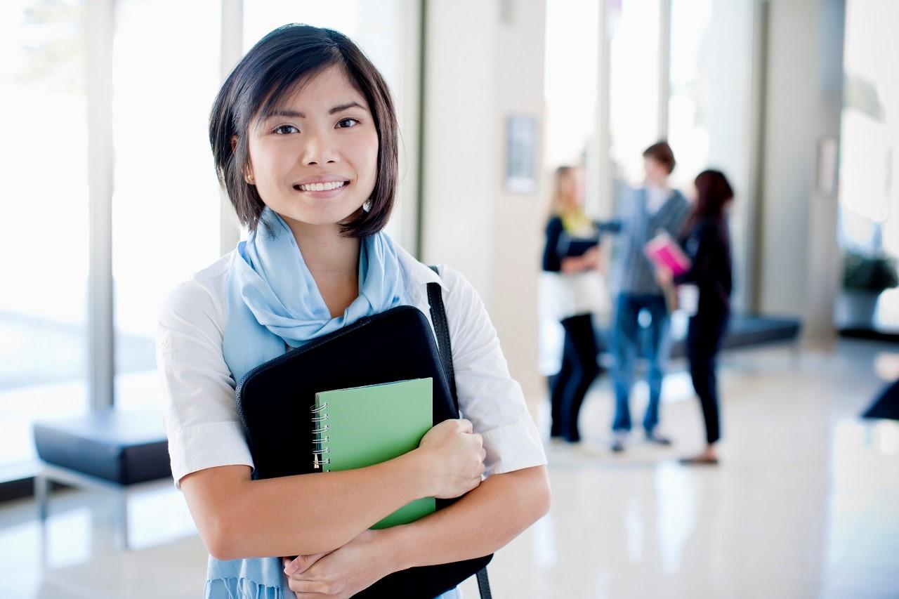 Du học sinh quốc tế có nhu cầu tìm hiểu về du học Singapore rất cao
